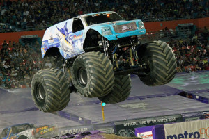 Hooked-Monster-Truck-Miami-2014-002